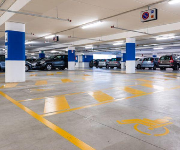 oznakowanie-poziome-garaze-parkingi-podziemne766380A5-6B25-A973-1C85-47ADE605BC8E.jpg